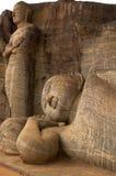 O Buddha de reclinação e o discípulo principal Foto de Stock Royalty Free