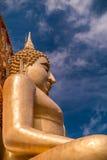 O buddha dourado Imagens de Stock Royalty Free