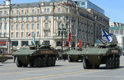 O Bumerangue o mais atrasado do BTR do russo no ensaio geral da parada da vitória em Moscou Fotografia de Stock