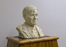 O busto de bronze Rogers a cavalo, Claremore, Oklahoma imagem de stock royalty free