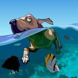 O cão dos desenhos animados nada no mar com peixes Foto de Stock Royalty Free