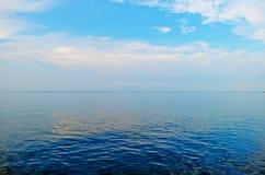 O céu é azul Fotografia de Stock