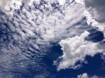 O céu azul Foto de Stock