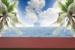O céu do fundo das paisagens com nuvem e mar Fotografia de Stock Royalty Free