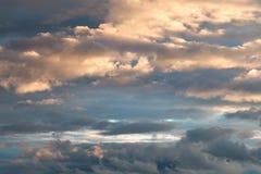 O céu e as nuvens Fotos de Stock Royalty Free