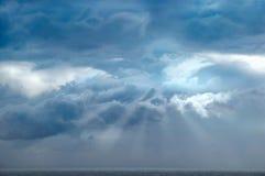O céu e o mar fotos de stock