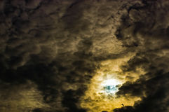 O céu nubla-se o cúmulo-nimbo Fotografia de Stock
