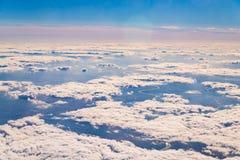 O c?u acima das nuvens imagem de stock royalty free