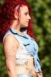 O cabelo vermelho punk denominou adolescente fotos de stock royalty free