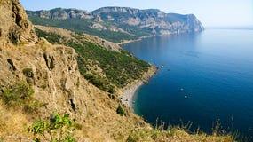 O cabo Aiya da conserva estende no Mar Negro Foto de Stock