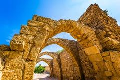 O Caesarea, passagem arqueada Fotos de Stock Royalty Free