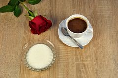 O café, açúcar e aumentou Imagens de Stock Royalty Free
