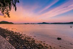 O cais de Rawai está no lado do sul da ilha de Phuket Phuket, Th Fotografia de Stock Royalty Free