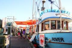 O cais do pescador na vila de Steveston em Richmond, BC imagem de stock royalty free