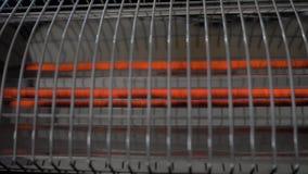 O calefator gerencie sobre Conceito para aquecer-se, calor, frio, inverno, agregado familiar, dispositivo, girando de ligar/desli video estoque