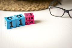 O calendário perpétuo ajustou-se na data do 11 de fevereiro Imagens de Stock Royalty Free