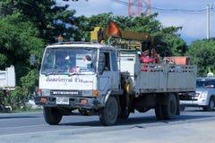 O caminhão com o guindaste do mar subterrâneo vai faz4e-lo Fotos de Stock