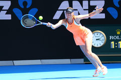 O campeão Maria Sharapova do grand slam de cinco vezes de Rússia na ação durante o fósforo do quartos de final no australiano abr Imagens de Stock Royalty Free