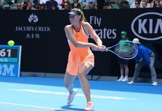 O campeão Maria Sharapova do grand slam de cinco vezes de Rússia na ação durante o fósforo do quartos de final no australiano abr Fotos de Stock Royalty Free