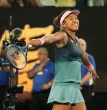 O campeão Naomi Osaka de Grand Slam de Japão comemora a vitória após seu fósforo de semifinal no australiano 2019 aberto no parqu imagem de stock royalty free