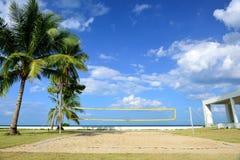 O campo do voleibol da praia. Imagem de Stock