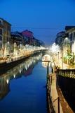 O canal grandioso de Naviglio em Milão, Itália Fotografia de Stock Royalty Free
