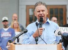 O candidato presidencial Gary Johnson do libertário fala na concórdia, New Hampshire, o 25 de agosto de 2016 Fotografia de Stock