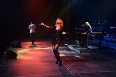 O cantor Kristina Orbakaite executa na fase concerto do aniversário do ano de Viktor Drobysh no 50th em Barclay Center Imagens de Stock Royalty Free