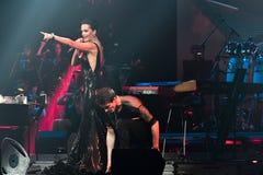 O cantor Slava executa na fase durante concerto do aniversário do ano de Viktor Drobysh o 50th em Barclay Center Fotos de Stock