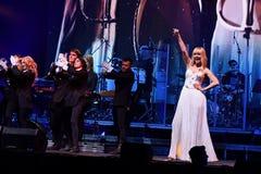 O cantor Valeria executa na fase durante concerto do aniversário do ano de Viktor Drobysh o 50th em Barclay Center Foto de Stock Royalty Free