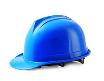 O capacete de segurança azul no branco, capacete de segurança isolou o trajeto de grampeamento Fotos de Stock Royalty Free
