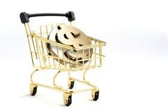 O carrinho de compras contém o símbolo de 3d Dollarcoin para dentro, isolado Imagem de Stock