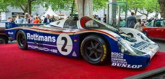 O carro de competência Porsche 956 projetou por Norbert Singer, 1982 imagens de stock royalty free