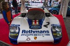 O carro de competência Porsche 956 projetou por Norbert Singer, 1982 fotos de stock
