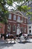 O carro desenhado cavalo excursiona em Philadelphfia Foto de Stock Royalty Free