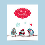 o cartão com pássaros bonitos aquece-se vestido na estação do inverno ilustração do vetor