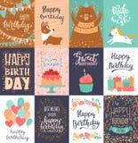 O cartão do cumprimento do aniversário do vetor do cartão do feliz aniversario com nascimento da rotulação e das crianças party o ilustração royalty free