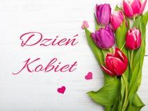 O cartão do dia do ` s das mulheres com polonês exprime DZIEŃ KOBIET Imagens de Stock