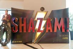 O cartaz cinematográfico de Shazam, este filme é sobre uma criança pode transformar no super-herói adulto Shazam imagem de stock royalty free
