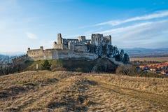 O castelo de Beckov foto de stock
