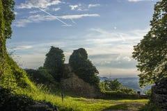 O castelo de Dorneck é um castelo na municipalidade de Dornach Imagens de Stock