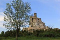 O castelo de Mirów arruina poland. Foto de Stock