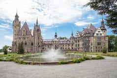 O castelo de Moszna é um palácio histórico Fotos de Stock