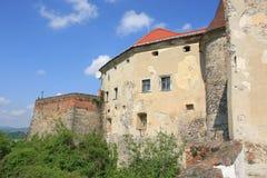 O castelo de Palanok em Zakarpattia Oblast, Ucrânia Fotografia de Stock Royalty Free