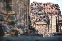 O castelo de pedra em isan de Tailândia é a cultura da arquitetura velha Fotografia de Stock