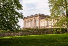O castelo grande de Trianon no verão de Versalhes Fotografia de Stock Royalty Free