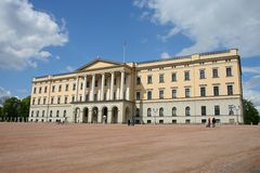 O castelo norueguês real foto de stock royalty free