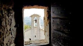 O castelo oxidou opinião da cadeia fotos de stock royalty free