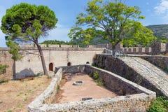 O castelo Venetian de Nafpaktos, Grécia Fotografia de Stock Royalty Free