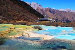 O cenário colorido do outono do parque nacional de Huanglong Imagens de Stock